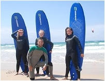 Surfing in Tarifa with surf school Dragon